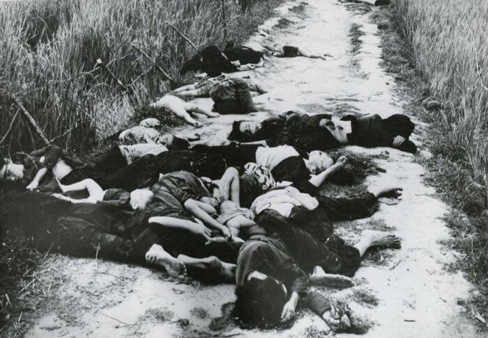 How many Vietnamese people died in the Vietnam war