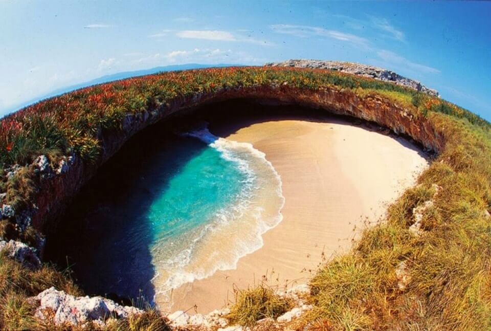 Bãi biển Tình yêu (Playa del Amor)