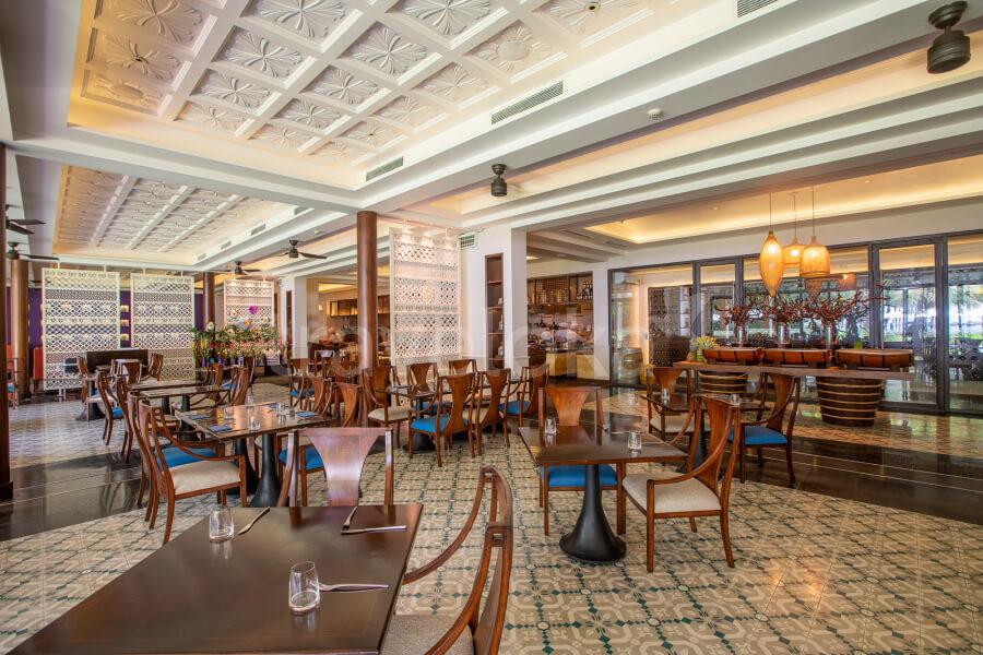 Khu ẩm thực nhà hàng với hàng trăm món ăn ngon tại Salinda Phú Quốc